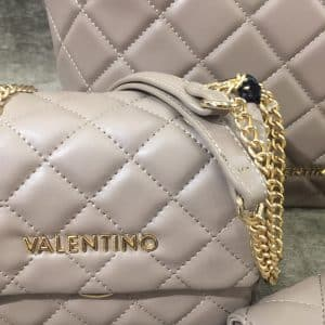 Valentino, moda para mujeres