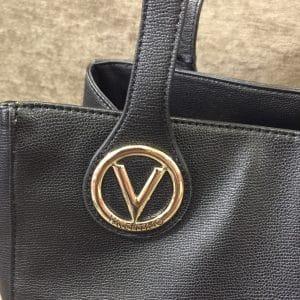 Detalle bolso Valentino